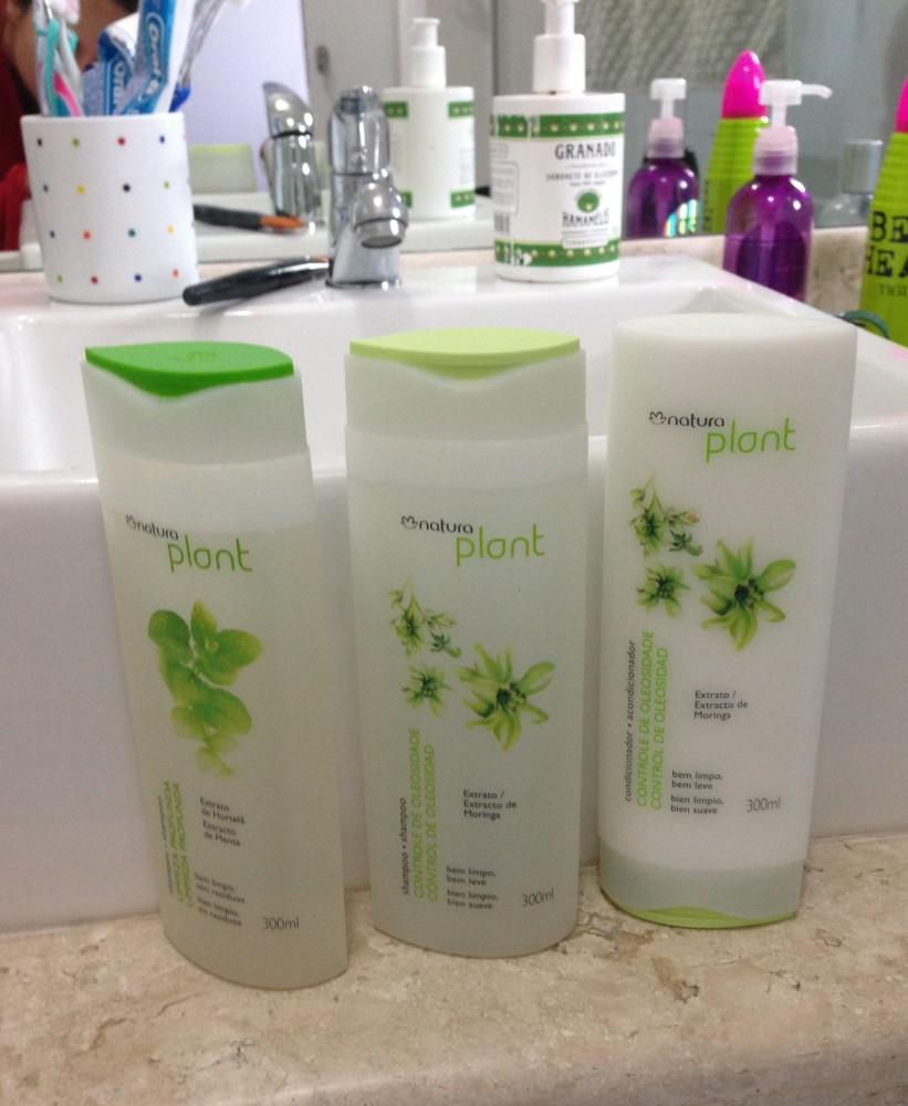 Testei: Shampoo pra cabelos oleosos Natura Plant (1/4)